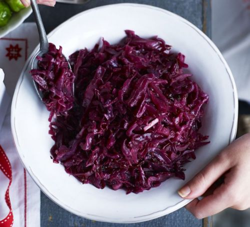 spiced-braised-red-cabbage